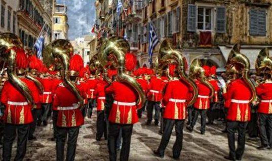 10 γωνιές της Ελλάδας όπου το Πάσχα αποτελεί ξεχωριστή εμπειρία