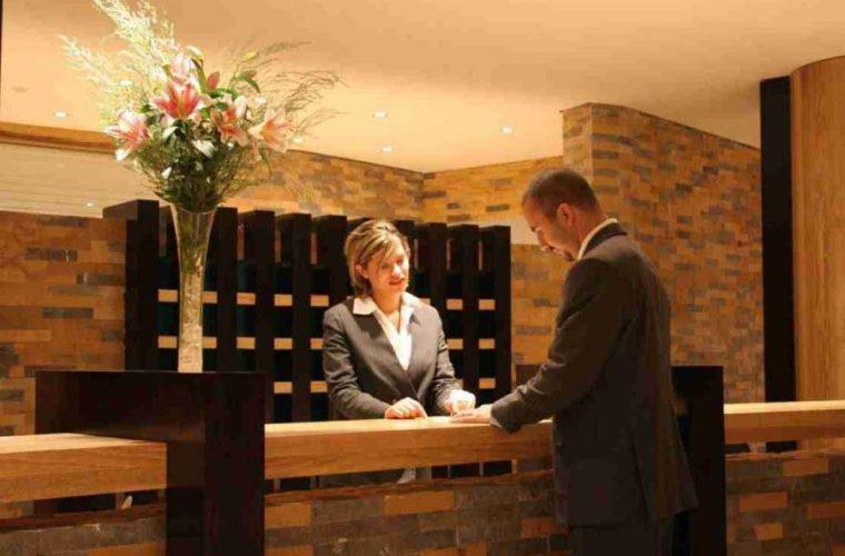 Αυξήσεις στις αποδοχές των ξενοδοχοϋπαλλήλων της Ρόδου