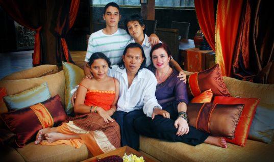 Μαριλένα Βλατάκη: Η Ηρακλειώτισσα που έχτισε το πρώτο ελληνικό ξενοδοχείο στην Ινδονησία
