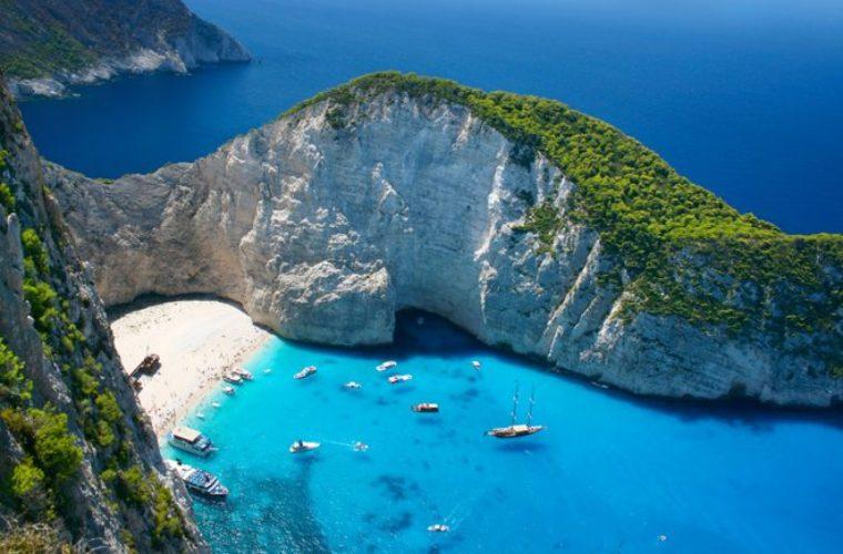 Ο Guardian ψηφίζει Ελλάδα: Αυτά είναι τα 19 top ελληνικά νησιά (φωτο)