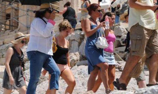 Η μείωση των επισκεπτών σε μουσεία και αρχ. χώρους επηρεάζει τους ξεναγούς