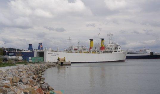 Λιγότεροι οι επιβάτες, περισσότερα τα οχήματα στη γραμμή Πειραιάς – Χίος – Μυτιλήνη
