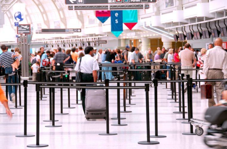 Αεροδρόμια: Αύξηση 9,7% στην επιβατική κίνηση το καλοκαίρι