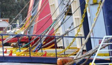 Η ΠΝΟ δένει τα πλοία στα λιμάνια μέχρι την Παρασκευή