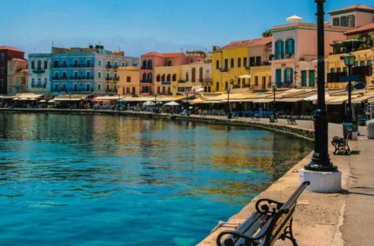 Χανιά: Έρχονται οι τουρίστες αλλά τα δωμάτια δεν έχουν…ρεύμα!