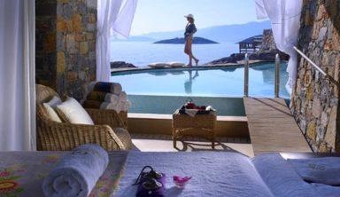 Οι δημοφιλείς προορισμοί Ελλήνων και ξένων το καλοκαίρι