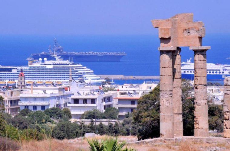 Κι όμως, ο ελληνικός τουρισμός δε βρίσκει προσωπικό!