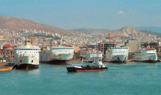 Ακτοπλοΐα: Μη ανταγωνιστική η ελληνική σημαία λόγω φορολογίας