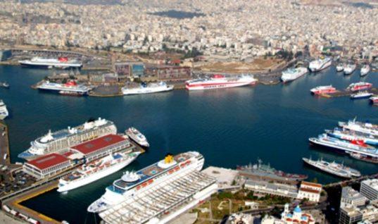 Ακτοπλοΐα: Σε τρία χρόνια θα αποσυρθούν τα 32 από τα 45 πλοία!