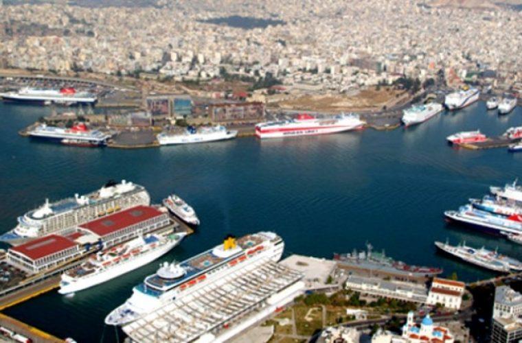 Υπό την απειλή νέων χρεοκοπιών η ελληνική ακτοπλοΐα