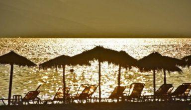 Με ένα κλικ πρόσβαση σε 3.000 ξαπλώστρες σε όλη την Ελλάδα