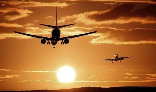 Αύξηση σε ακτοπολοΐα και αερομεταφορές