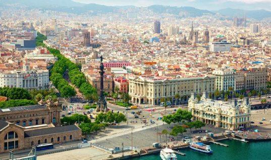 Δημοφιλείς τουριστικοί προορισμοί βάζουν «φρένο» στον μαζικό τουρισμό