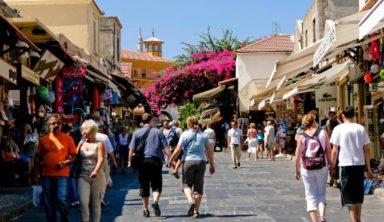 Ελλάδα «ψηφίζουν» για το 2018 οι Γάλλοι τουρίστες