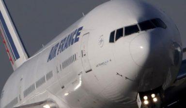 Εξερράγη ο κινητήρας σε αεροπλάνο της Air France πάνω από τον Ατλαντικό
