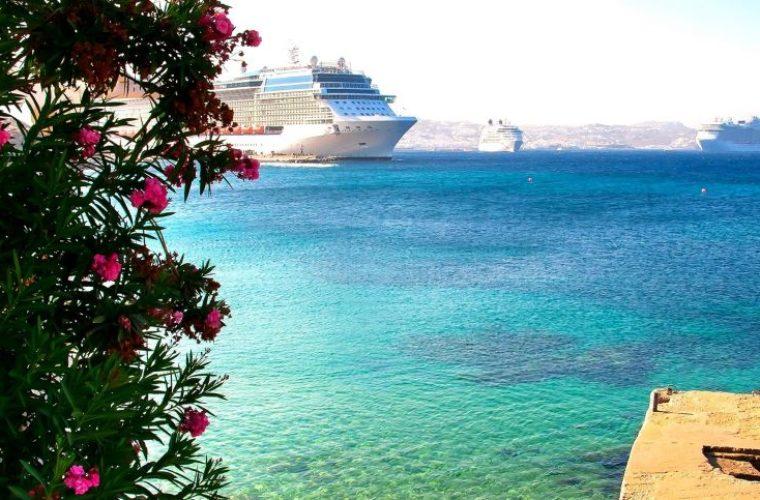 Η TUI «έχει πολλά σχέδια για την Ελλάδα» λέει ο υπεύθυνος δημοσίων σχέσεων του ομίλου