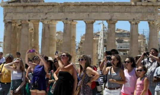 Aύξηση τουριστών από την Ασία προβλέπουν τα ελληνικά τουριστικά γραφεία