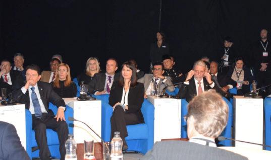 Η Υπ. Τουρισμού Έλενα Κουντουρά παρουσίασε τις ελληνικές θέσεις για τον τουρισμό στη  Σύνοδο Υπουργών του Παγκόσμιου Οργανισμού Τουρισμού και της WTM