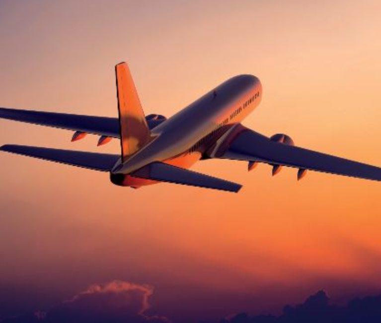 """Συναγερμός στο αεροδρόμιο: Αεροπλάνο έκανε """"βόλτες"""" πάνω από τη Ντία"""