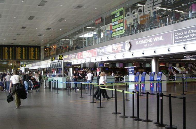 Θρίλερ με πτώμα άντρα στις τουαλέτες στο αεροδρόμιο του Δουβλίνο