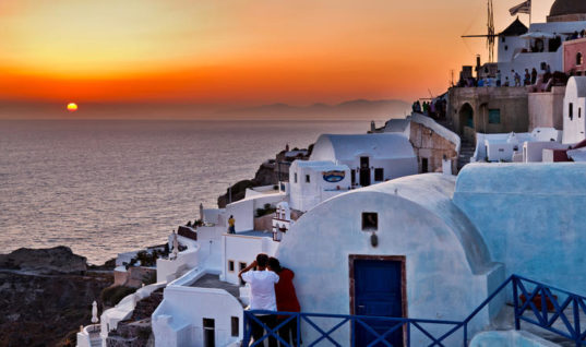 Μη ανταγωνιστικός ο ελληνικός τουρισμός εάν συνεχισθεί η υπερφορολόγηση