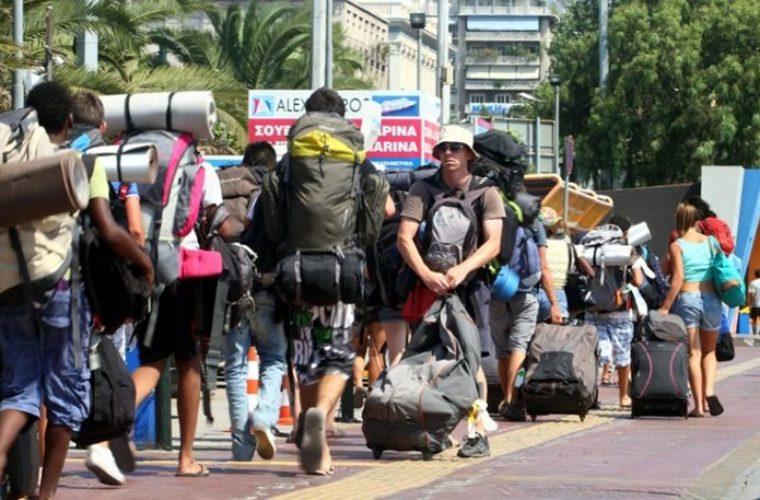 Μία ανάσα από τον στόχο των 14,5 δισ. : Στα 14,16 δισ. ευρώ οι τουριστικές εισπράξεις στο 10μηνο