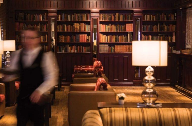 Πώς τα ξενοδοχεία προσπαθούν να κερδίσουν πελάτες της Airbnb