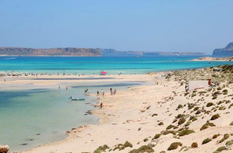 Αποκλίσεις έως 42% στις τιμές πακέτων στην Κρήτη για τους Γερμανούς