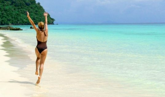 Eλληνικός τουρισμός: +10% από Δανία, +35% από Ρουμανία το 2018