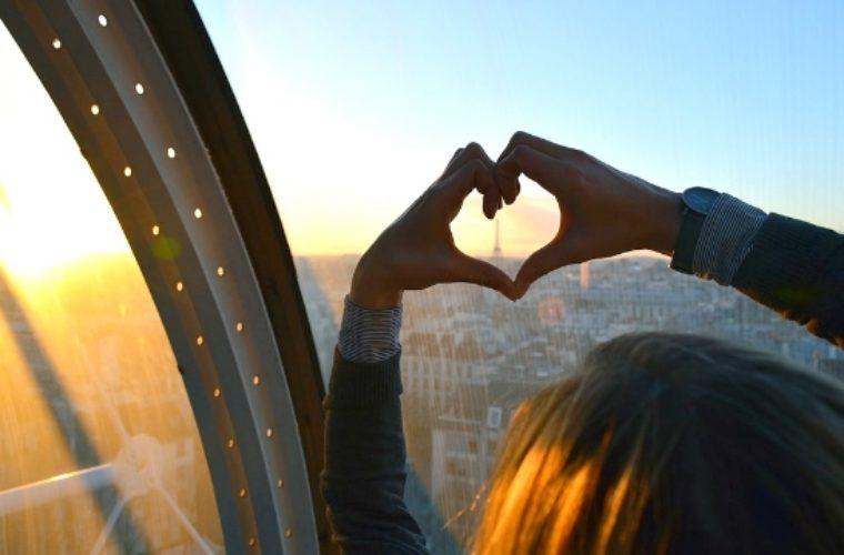 Πόσα δισ. ξόδεψαν οι Έλληνες στα ταξίδια τους στο εξωτερικό το 2017