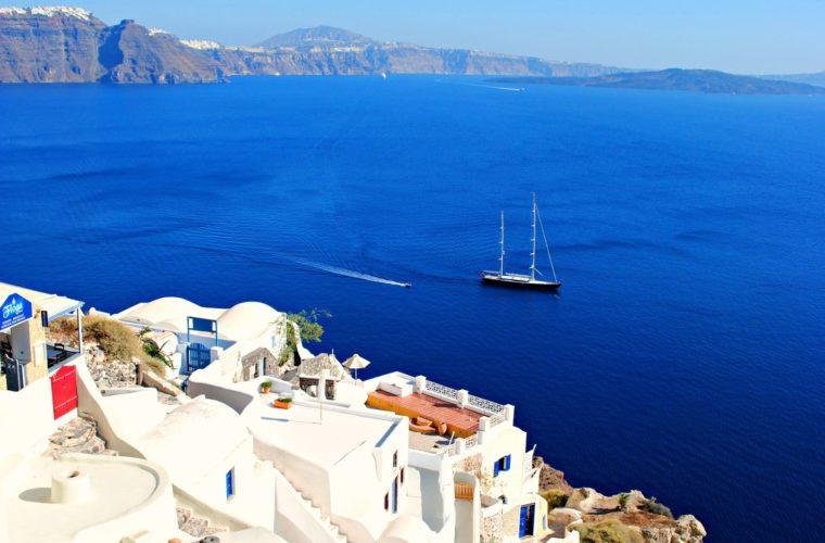 Η υψηλή ζήτηση για Ελλάδα ευνοεί και τις ακτοπλοϊκές εταιρείες