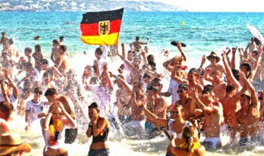 Η TUI «ποντάρει» στον ελληνικό τουρισμό