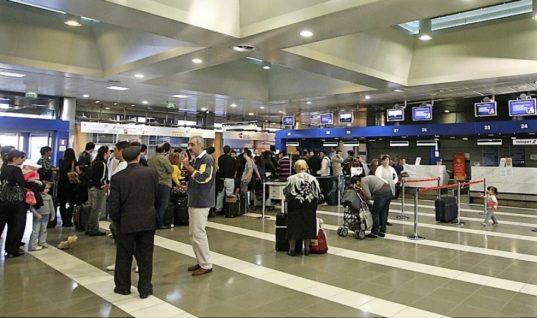 Διψήφια αύξηση σε αεροπορικές αλλά και οδικές αφίξεις