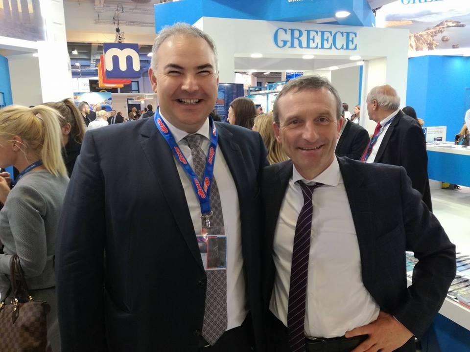 Ο Μιχάλης Βαμιεδάκης με τον Δήμαρχο του Ντίσελντορφ που μας δήλωσε φανατικός της Κρήτης