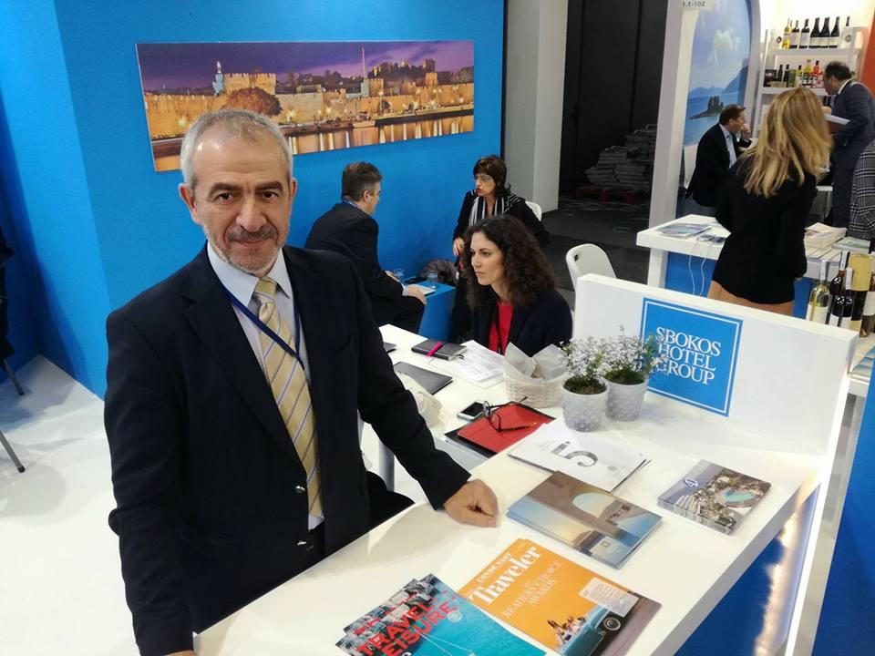 Τα Sbokos Hotels και φέτος με δυναμική παρουσία και το Μπάμπη Φωσκολάκη