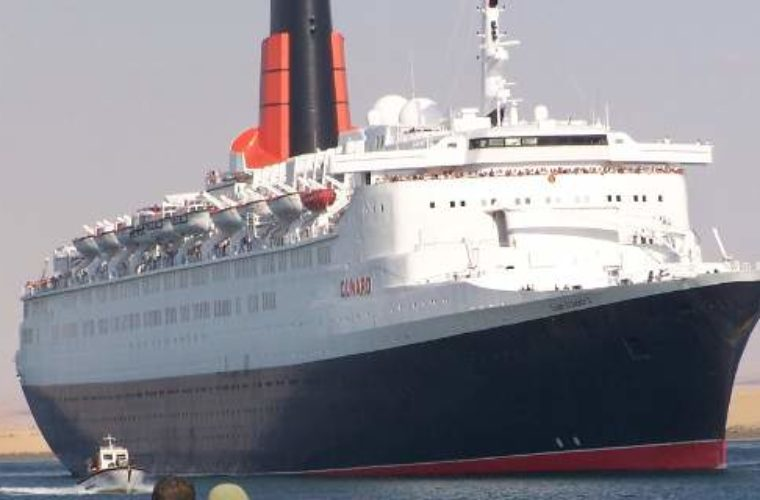 Ξενοδοχείο στο Ντουμπάι έγινε το ιστορικό κρουαζιερόπλοιο Queen Elizabeth II [εικόνες]