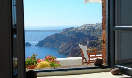 Ελληνικός τουρισμός: Πού θα κάνουν διακοπές την Άνοιξη Έλληνες και ξένοι
