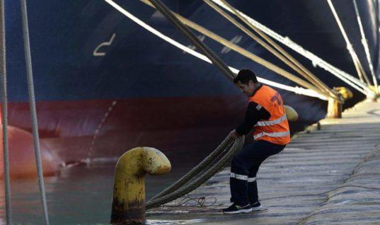 Δεμένα τα πλοία στα λιμάνια – Οι αλλαγές στα δρομολόγια της Κρήτης