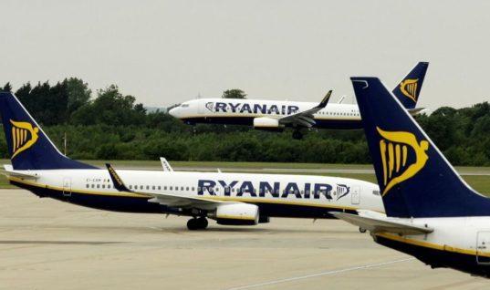 Λονδίνο: Νοκ άουτ το αεροδρόμιο Στάνστεντ από χιλιάδες κεραυνούς