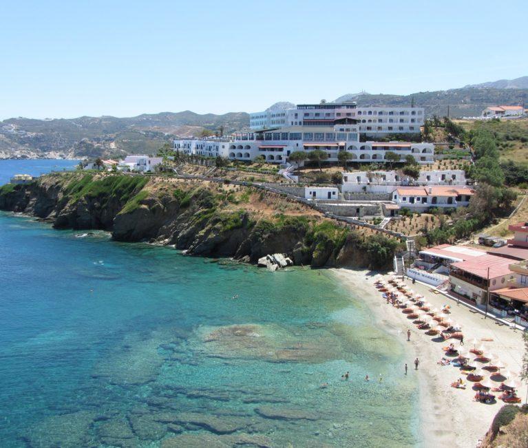 Θερμός προβλέπεται ο Ιούνιος για τον τουρισμό
