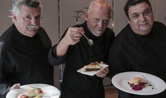 Οι τρεις εκφραστές της σύγχρονης ελληνικής γαστρονομίας: Λευτέρης Λαζάρου, Χριστόφορος Πέσκιας και Στέλιος Παρλιάρος