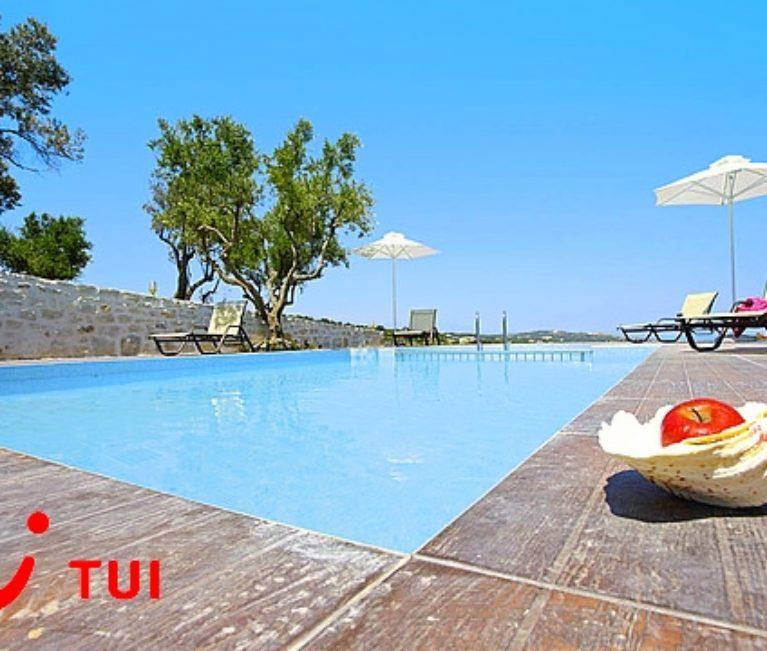 2,8 εκατ. τουρίστες φέρνει φέτος η TUI στην Ελλάδα- Συνάντηση Κουντουρά- Friedrich Joussen