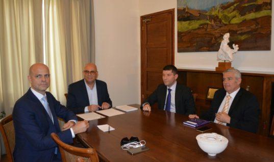 Δήμος Χανίων – Fraport:Συνεργασία για την ανάπτυξη του αεροδρομίου (βίντεο)