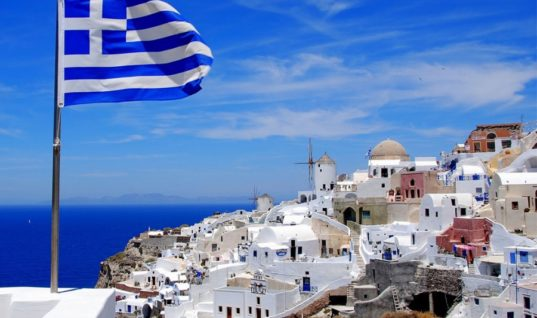 Η άνοδος της ζήτησης αύξησε και τις τιμές των ξενοδοχείων σε όλη την Ελλάδα
