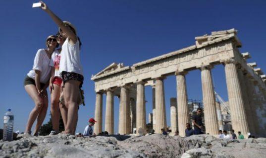 Τέσσερα «αγκάθια» για τον ελληνικό τουρισμό