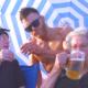 Οι Κρητικές γιαγιάδες ξαναχτυπούν πίνοντας μπίρες δίπλα στο κύμα! (βίντεο)
