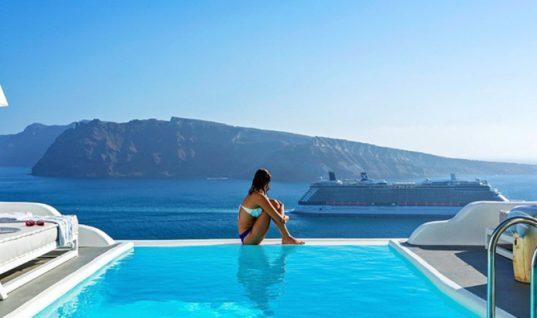 Αυστριακός Τύπος: Ακριβές οι διακοπές στην Ελλάδα