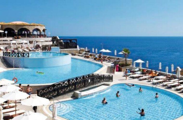 Πάνω από 10% η αύξηση της κερδοφορίας των ξενοδοχείων, εκτιμά η Κουντουρά