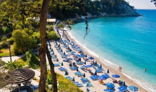 Πλήγμα για τους ξενοδόχους της Χαλκιδικής, Τουρκία και αδήλωτες βραχυχρόνιες μισθώσεις