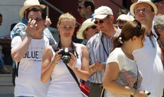 Πόσα ξοδεύουν οι Βαλκάνιοι τουρίστες στη χώρα μας